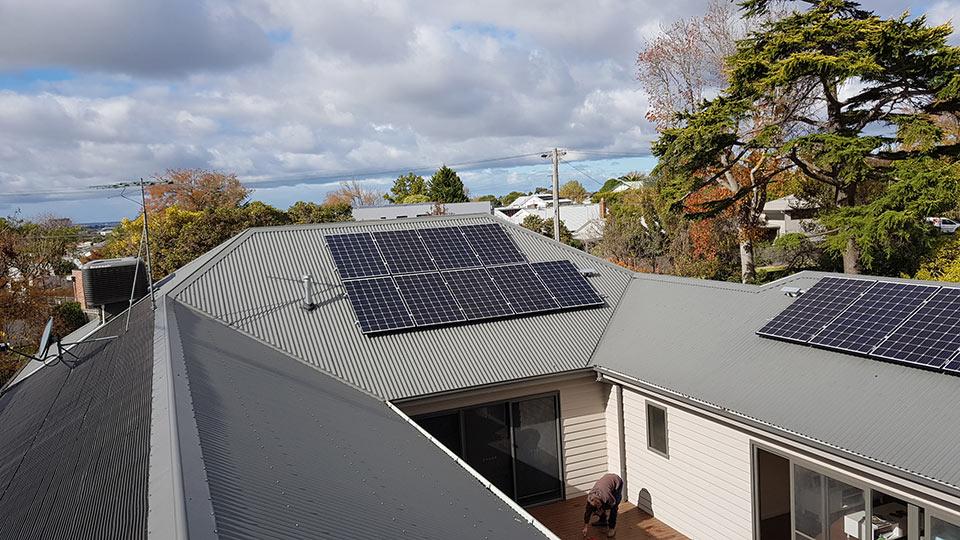 velocity-solar-panels-residential-032