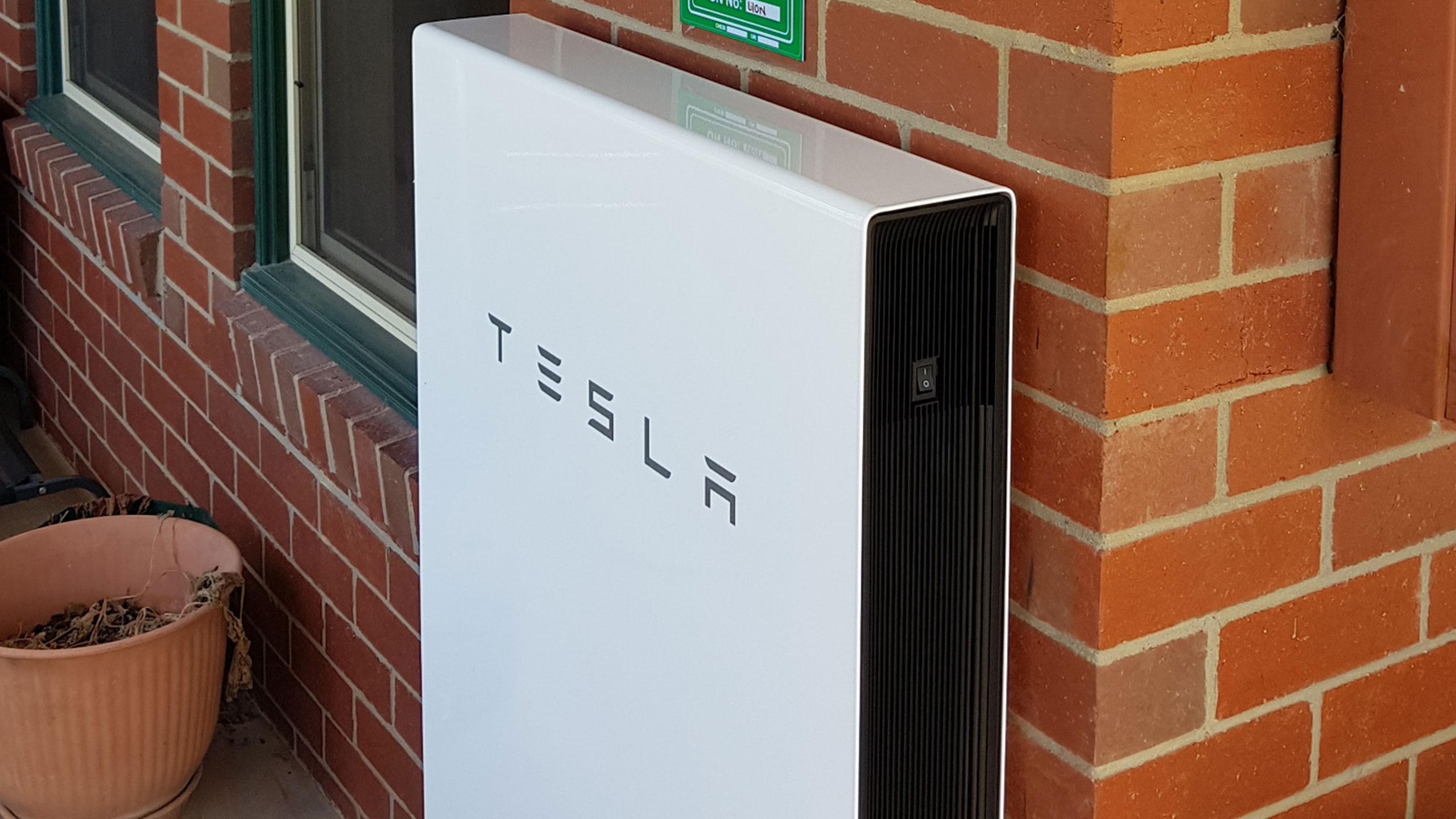 velocity-solar-battery-tesla